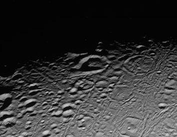 craters on Saturn's moon Enceladus