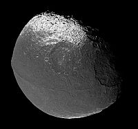 Saturn's moon, Iapetus