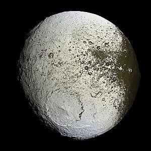 The light side of Saturn's moon Iapetus